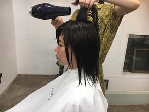 ペタンコ髪は、乾かし方でフンワリできる!