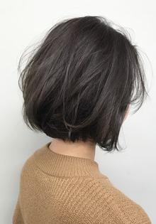 癖毛の人も柔らかく、まとまるパーマスタイル