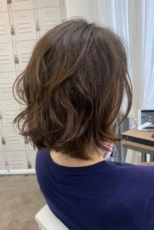 自分の髪質に必要なパーマの種類選び出来ていますか?