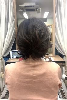 伸ばしかけの髪の毛はパーマで楽しもう♪