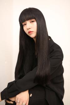 トリートメントで叶える黒髪ロングのヘアスタイル